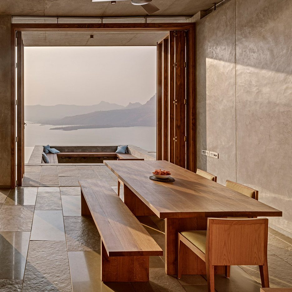 retreat-sahyadris-khosla-associates-architecture-residential-india-_dezeen_sq-b
